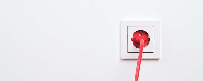 fuente de energia cercana a tv