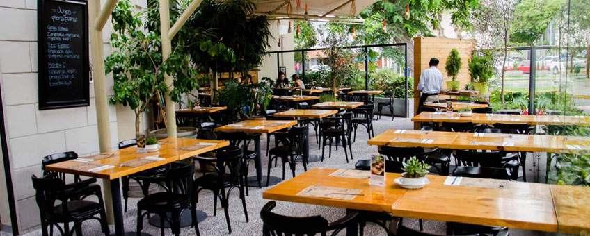 beneficios vivir en Miraflores variedad restaurantes 1
