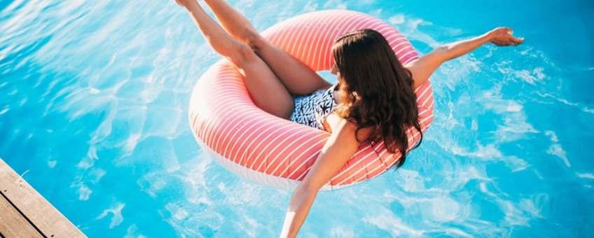 beneficios comprar departamento piscina reduce estres1