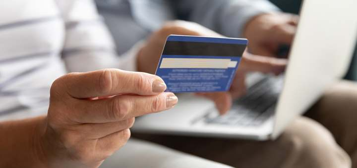 Tips para no malgastar el dinero de tu tarjeta
